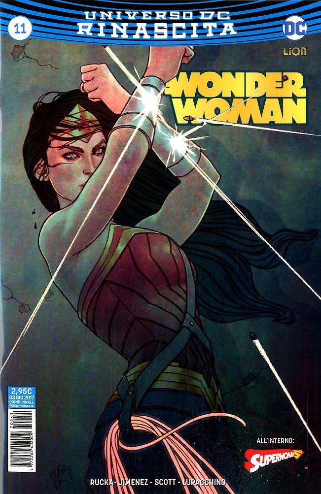 Who plays wonder woman in superman vs batman-4534